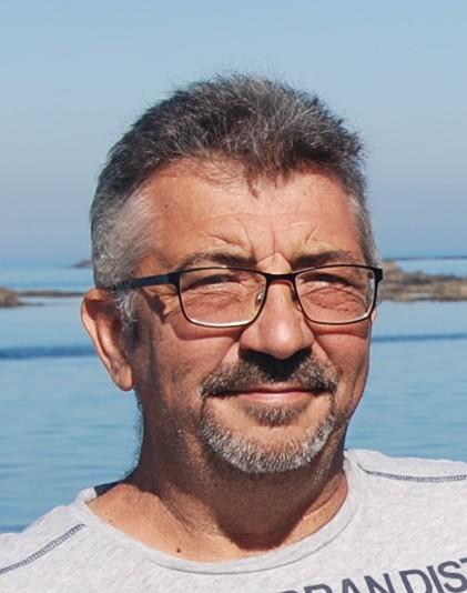M. CLAPAREDE